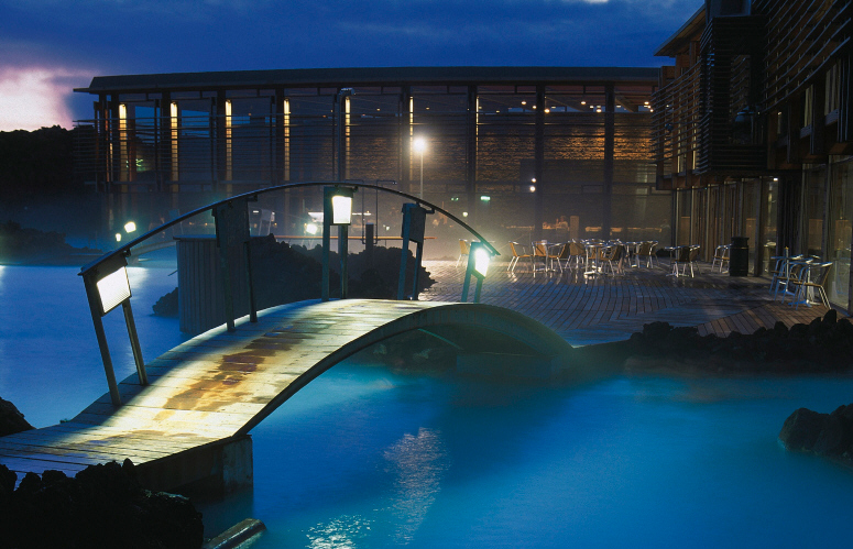 Hot springs mineral springs balneotherapy a good soak for Iceland blue lagoon hotel