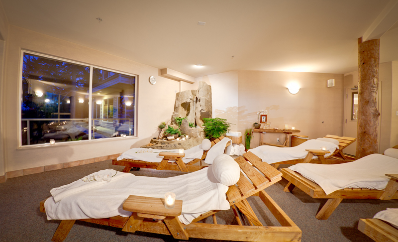 Kingfisher oceanside resort spa courtenay bc canada for Best us spa resorts