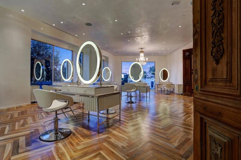Maison Luisant Salon Spa Houston