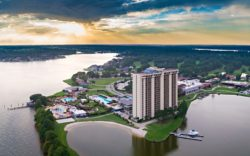 Escape to the Lake Spa Package – La Torretta Lake Resort & Spa, Texas