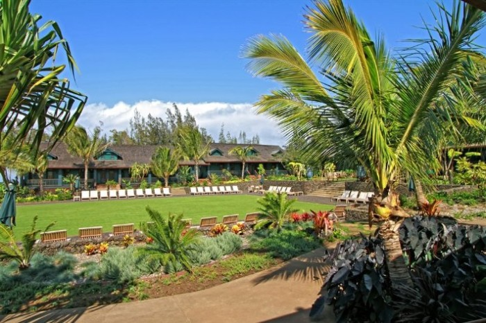 Lumeria Maui Detox Retreat