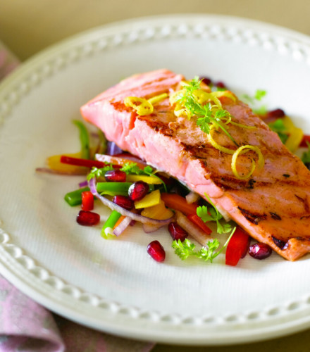 Grilled Salmon Salad with Pomegranate and Walnut Vinaigrette