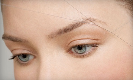 Brow Threading, Waxing, or Tweezing?