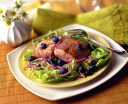 Super Salmon Blueberry Salad
