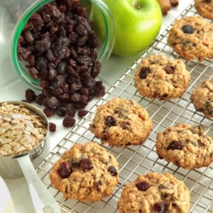 Raisin Apricot Breakfast Cookies